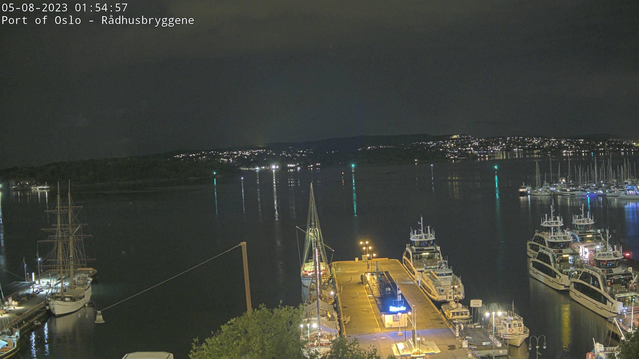 Oslo - port; Rådhuskaia